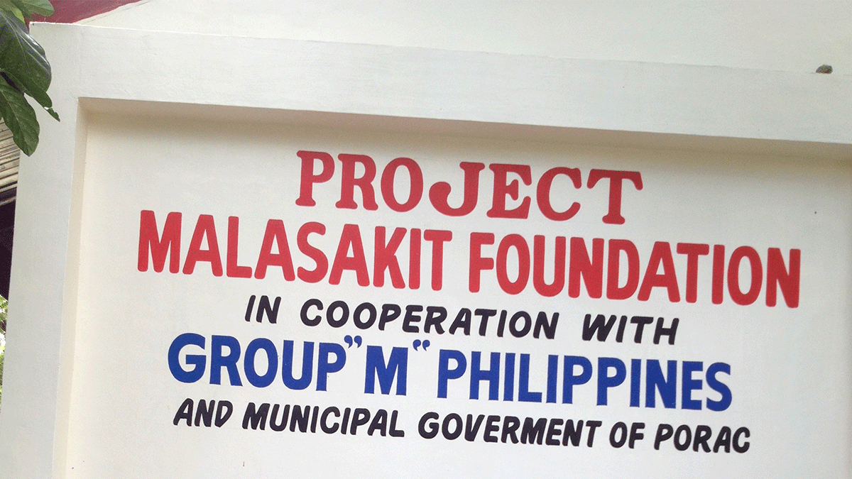 Group M and Project Malasakit 1.1million pesos for the Mangyans of Mindoro and the Aytas of Pampanga