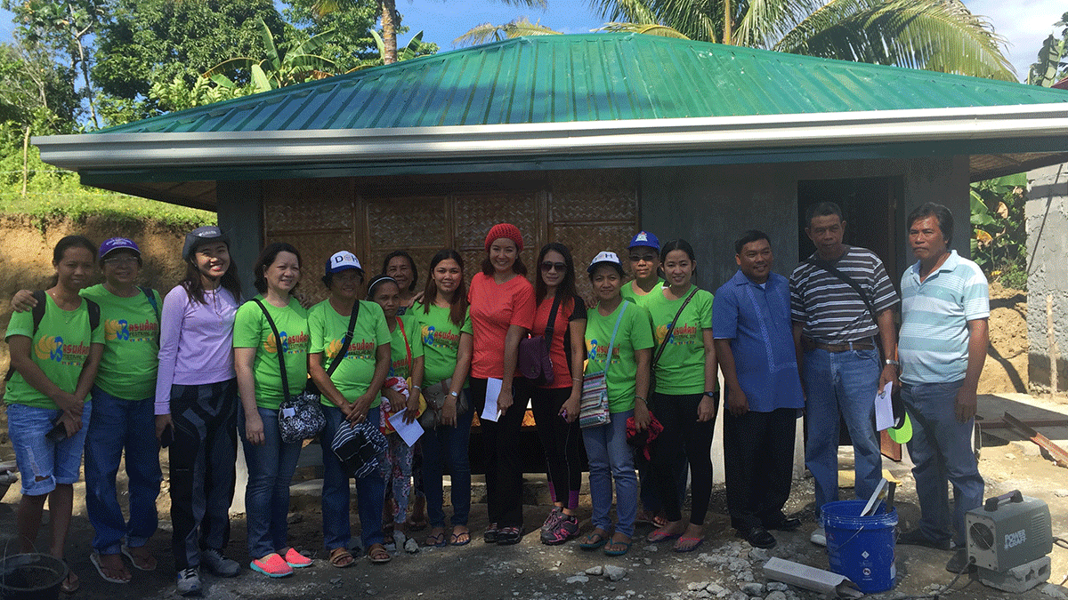 Health center and birthing clinic for Mangyan mothers